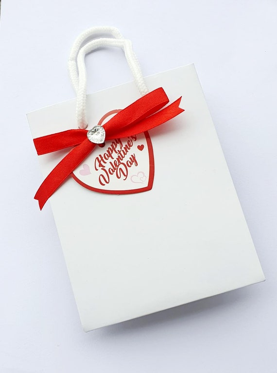 Valentines Day Luxury Rope Hand;e Gift Bag Favour Red Heart Tag Love  (qty 1)