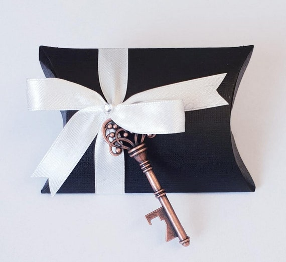 Pillow Box Favours Skeleton Key Bottle Opener Wedding Favours (Pk 10)
