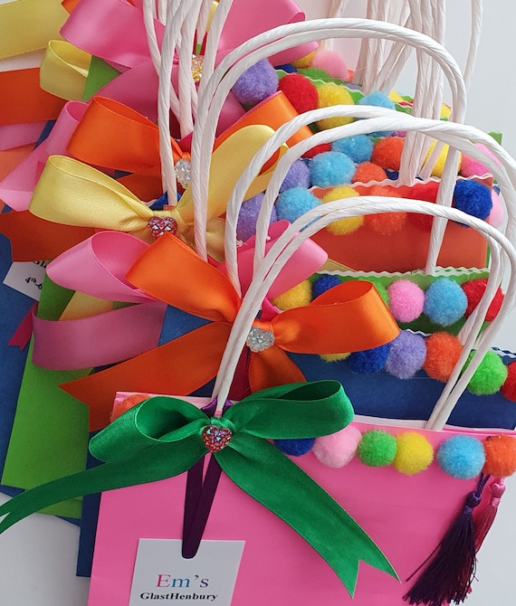 Kids Hen Party Bags Pom Pom Favour Bags Gift Bags Treat Bags Sleep Over Hen Party (Qty 5)