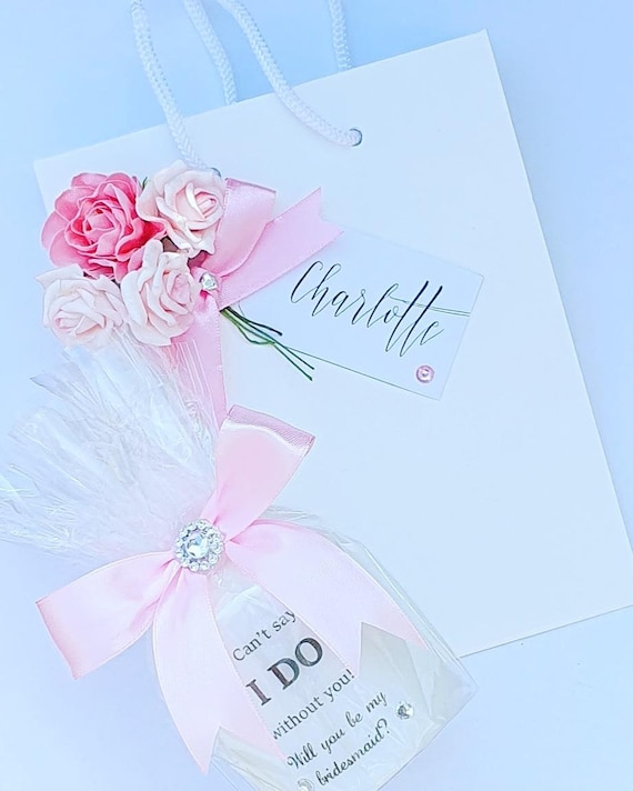 Bridesmaid Proposal Candle in a Personalised  Luxury Bag  Keepsake Hen Wedding (QTY 1)