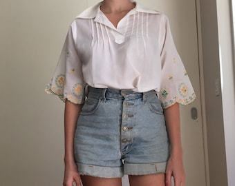 Vintage oversized white floral embroidered blouse, L