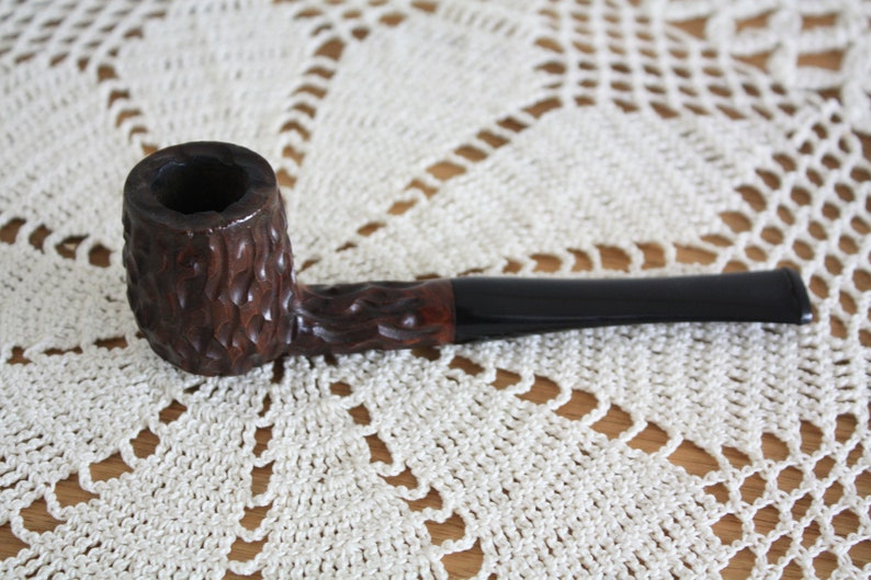 restored pipe cleaned pipe vintage pipe Brebia Whitehall Briar Italy Estate smoking pipe