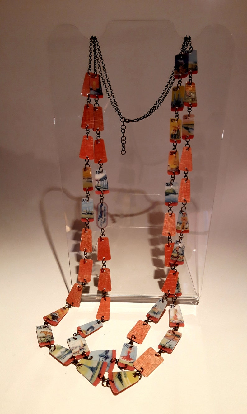 Long cross-wire necklace The World Tour bijoux of the original line the Games to wear jewelry for travel