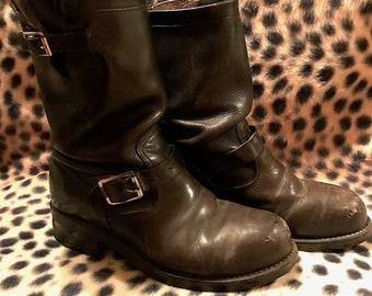 Vintage Black Leather Chippewa Engineer Motorcycle Boots Steel Toe Womens  Size 8 1 2 Biker Punk Goth Rocker Hipster Bikerchick Perfect Worn 7bcb81e25d