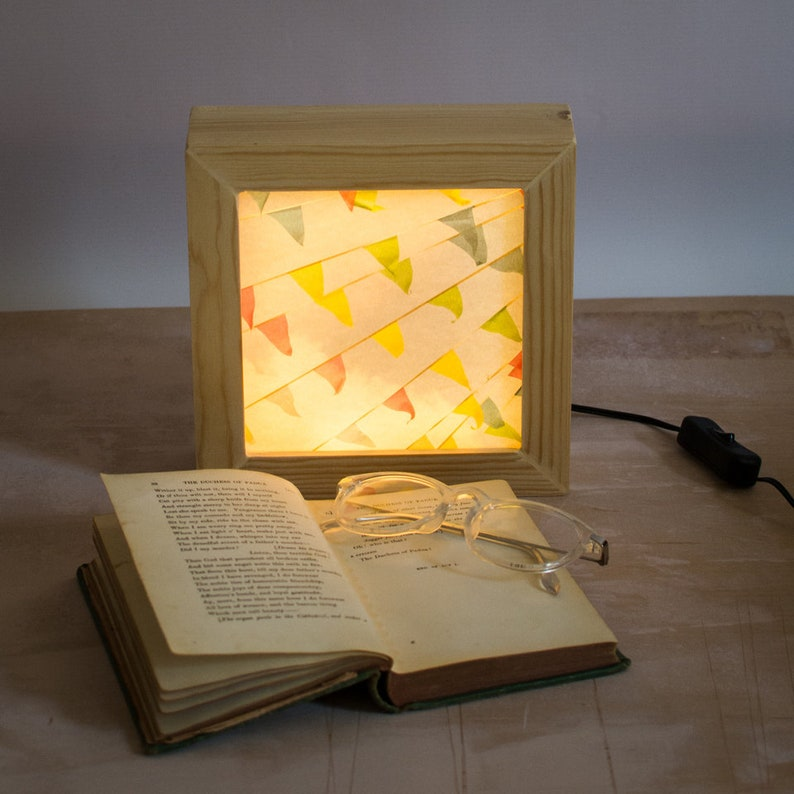 Lightbox // Night light plug in // Bedside night light // image 0