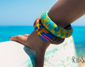 2 pcs womens bracelet, Colourful Kente bangles, African jewelry, Ankara Fabric, African Fashion, thick Bracelet, choose between 2 sizes