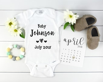 Personalized Baby Announcement Onesie / custom pregnancy reveal / Bodysuit