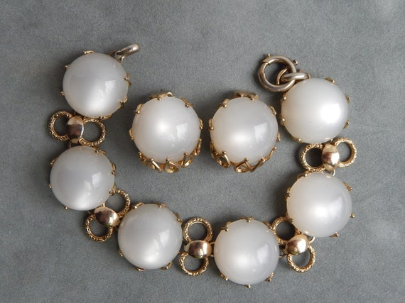 NAPIER Moonglow Bracelet & Earrings - Luminescent,