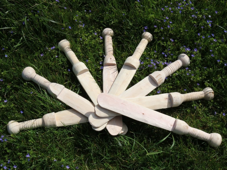 Small wooden Gladius sword dagger Gladiator prop movie theatre image 0