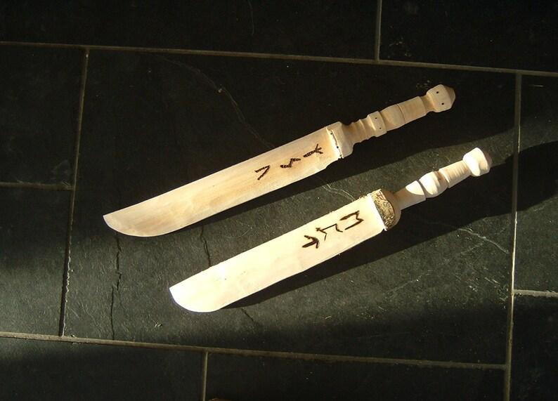 Elven Daggers Wooden Elf Hobbit Swords Movie Props Lotr Larp Cosplay