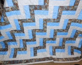 Hand made quilt. Queen size. 86 x 100