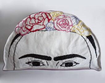 Pillow Frida