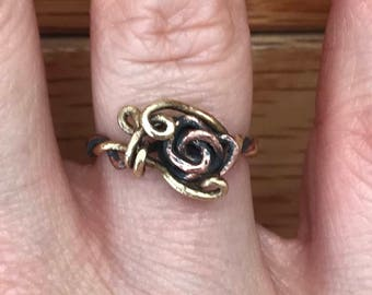 Rose Vine Ring ~ Size 4.5 ~ Mixed Metal ~ Solid Copper and Brass ~ Handcrafted