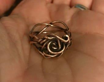 Rose Vine Ring ~ Size 7 ~ Solid Copper ~ Handcrafted