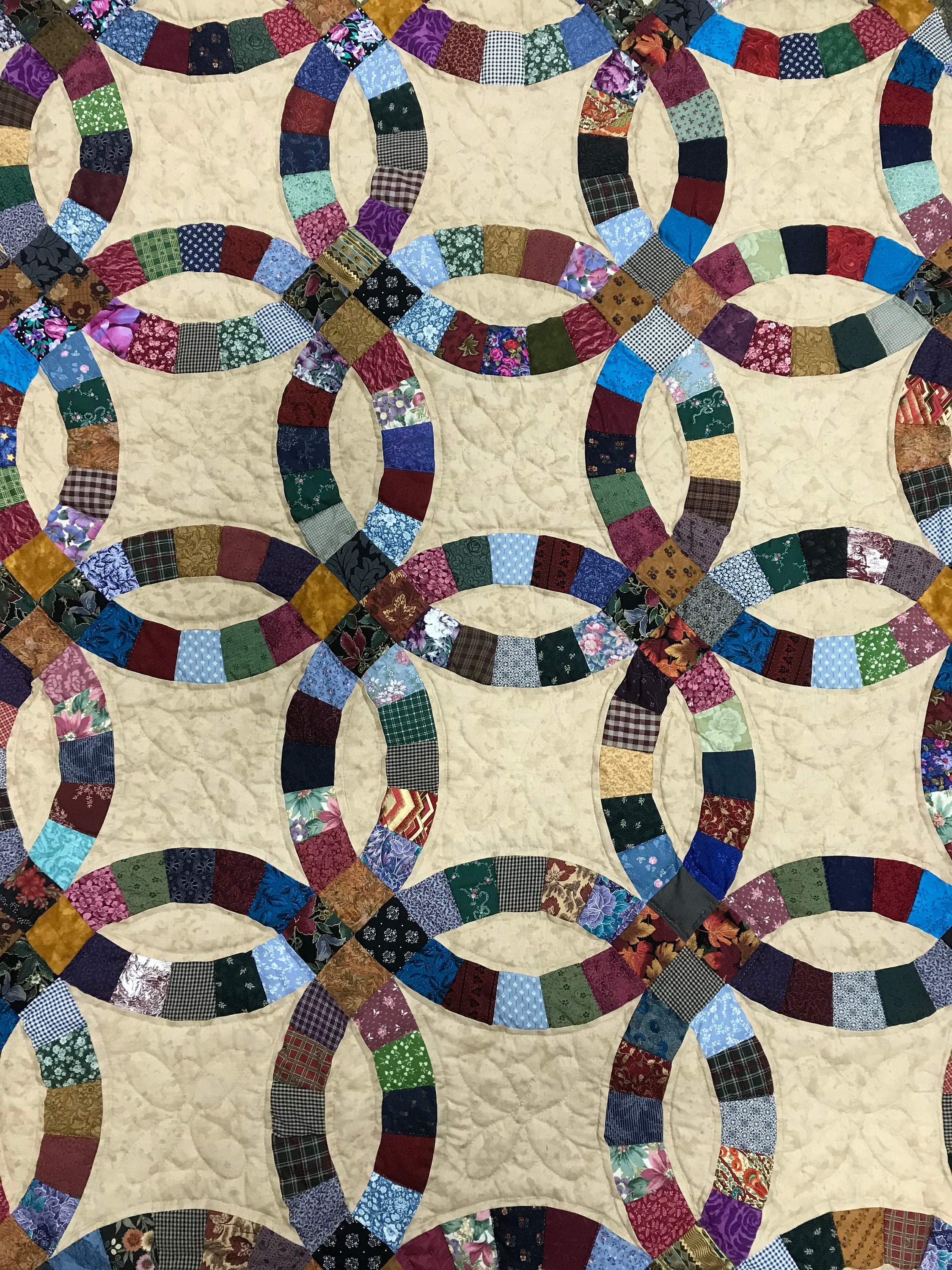 King Double Wedding Ring Quilt, Hand Quilted by the Amish