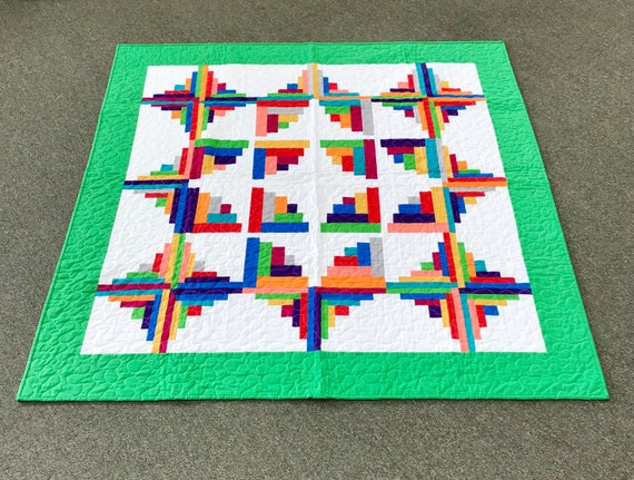 Vibrant Fractured Log Cabin Quilt