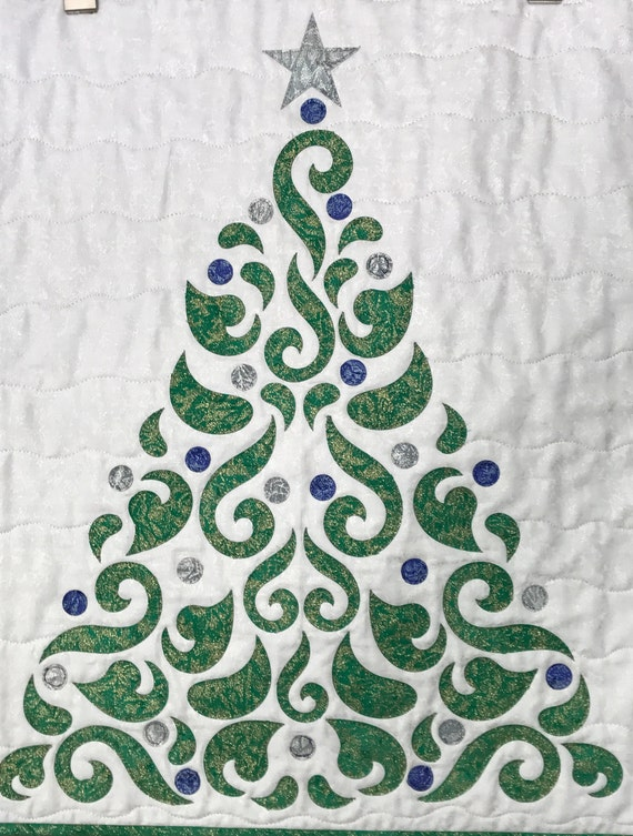 Free Shipping Christmas Tree Greeb Blue and Silver Applique PreCut Quilt Kit Wall Hanging Pre Cut Kit Green