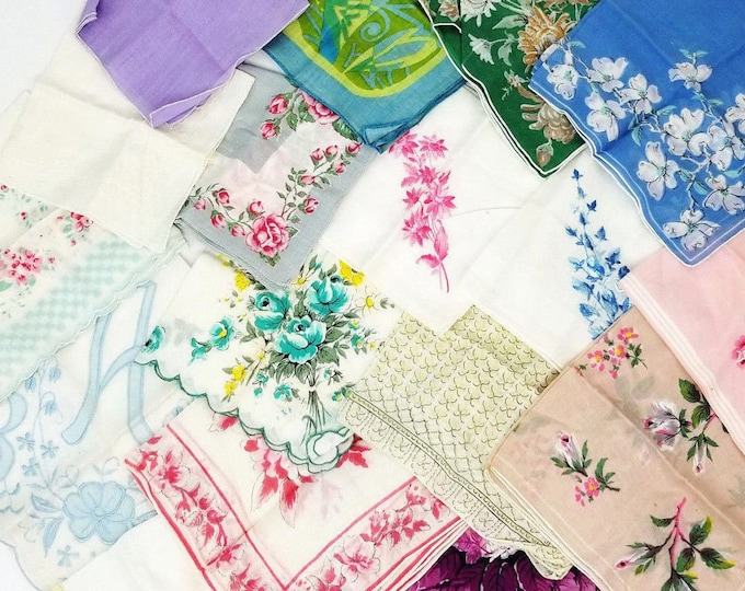 Lot of 18 Vintage Floral/Solid/Embroidered Print Hankies Handkerchiefs