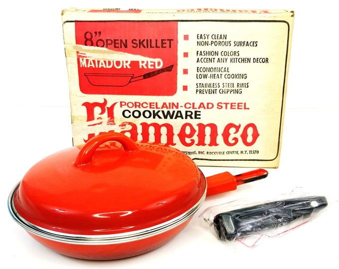 "Vintage NIB Flamenco Matador Red 8"" Open Skillet Porcelain Cookware-New in Box bt"