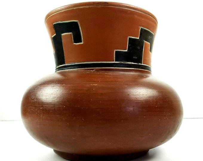 "Vintage Leopoldo De Mexico Signed Redware Pottery Folk Art Aztec Vase Pot 6.5"""
