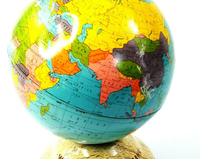 Vintage Ohio Art Co Tin World Savings Bank Reference Globe USA Woodgrain Paint