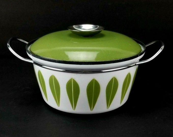 Mid Century Cathrineholm Green Lotus 2qt Enamel Covered Dutch Oven Casserole