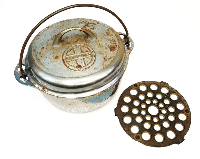 Vintge Griswold Erie Cast Iron #7 Dutch Oven Pot 1277 w Lid and Trivet 205 bt