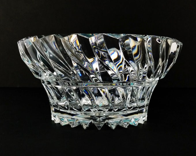 "Vintage Heavy Lead Crystal Center Piece Bowl Vase 9 1/4"" Weighs 6 lbs"