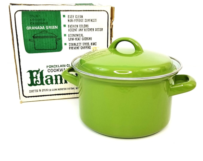 Vintage NIB Flamenco Granada Green 3 1/2 Qt Covered Casserole Porcelain Cookware