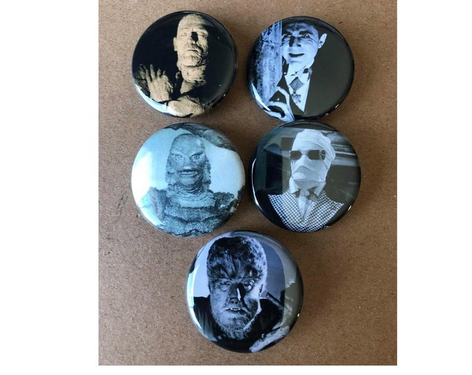 Halloween costumes, Scary Monster Button, Vintage buttons, Horror Movie Buttons
