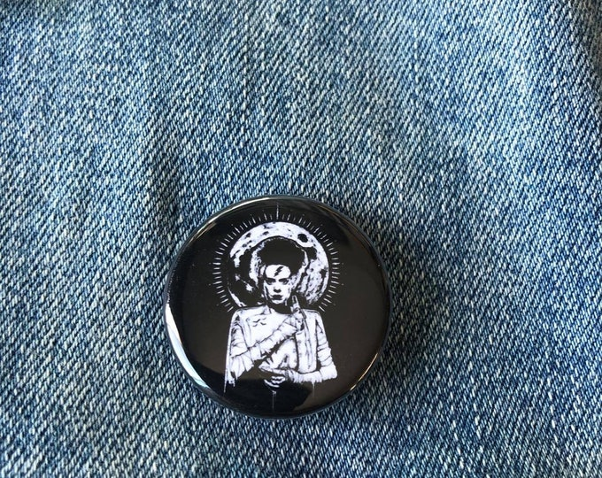 The Bride Of Frankenstein Button, Halloween Shirt, Horror Movie Shirt, Monster Shirt, Mary Shelley Shirt, Halloween Gift, Universal Monsters