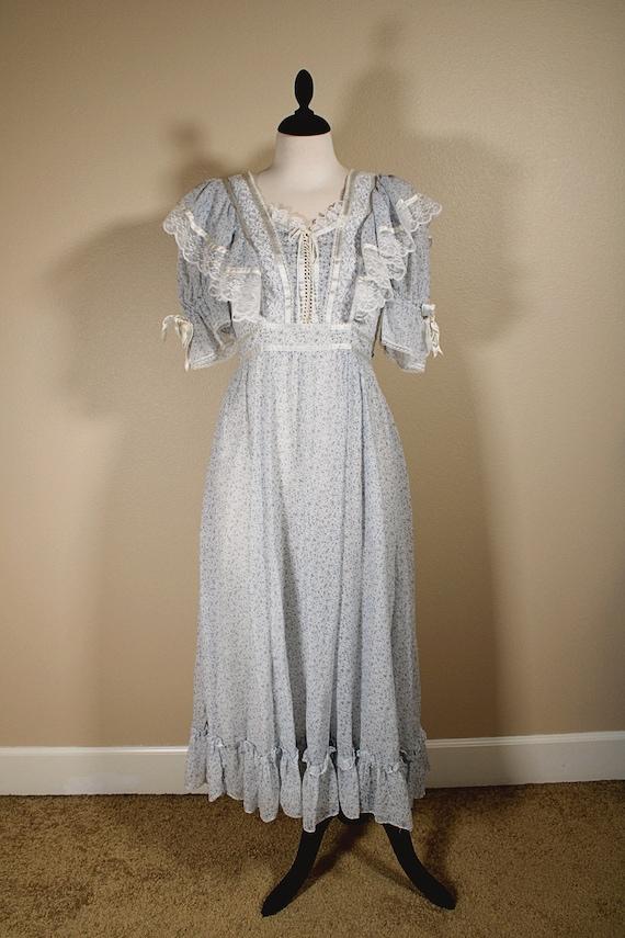 Gunne Sax Blue Floral Lace Dress - image 2
