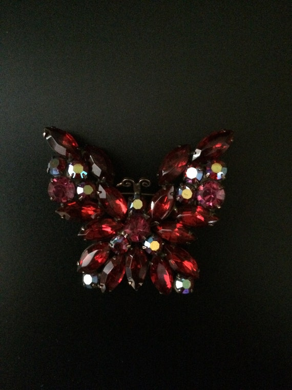 Weiss 1950's Butterfly Brooch Pin. Deep Red. Signe