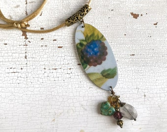 Adjustable necklace with vintage tin pendant, berries and leaves, gray quartz and glass beads, handmade, made in Italy.