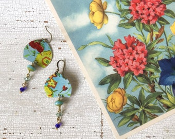 Floral pendant earrings created with old tin box, combined with vintage postcard with flowers, made in Italy.