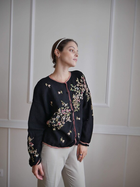 Floral Embroidery 1980s Cardigan