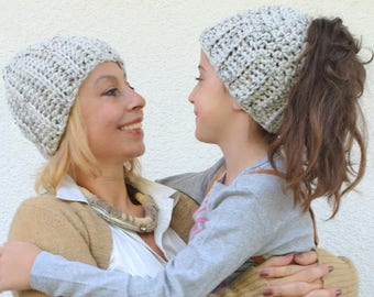 Mommy and Me Hats, Mommy and me Messy Bun Hats, Mother Daughter Matching Hats, Mommy and Me outfits, Mommy and Me Prop, Mom and Me Beanies