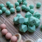 5 x Hexagon Silicone beads - 17mm - BPA Free - Food Grade Silicone - Teething Beads - Mint.