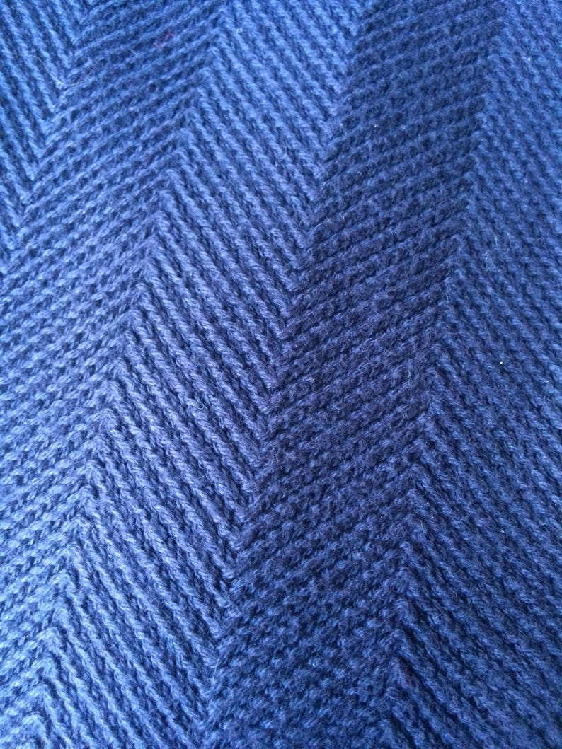 100/% Cotton Vintage 90/'s Blue Chaps crew neck pulloverSweater Made in Indonesia. Size Medium