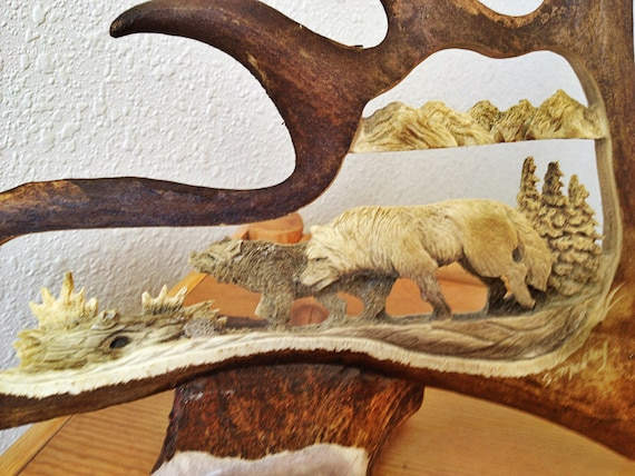 Wolf Antler Carving Sculpture Art, Wolf Rustic Furniture