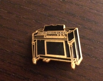 Vintage Piano Lapel Pin