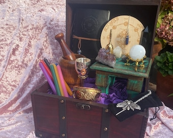 Wiccan Altar Supplies Witchcraft Treasure Chest Witchcraft Starter Altar Kit Box Crystals Altar Table Pendulum