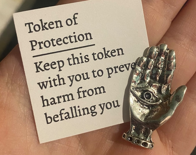 Token of Protection Witchcraft Talisman Wiccan Amulet Charm Hand Eye