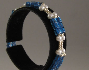 Blue and White Cube Bracelet