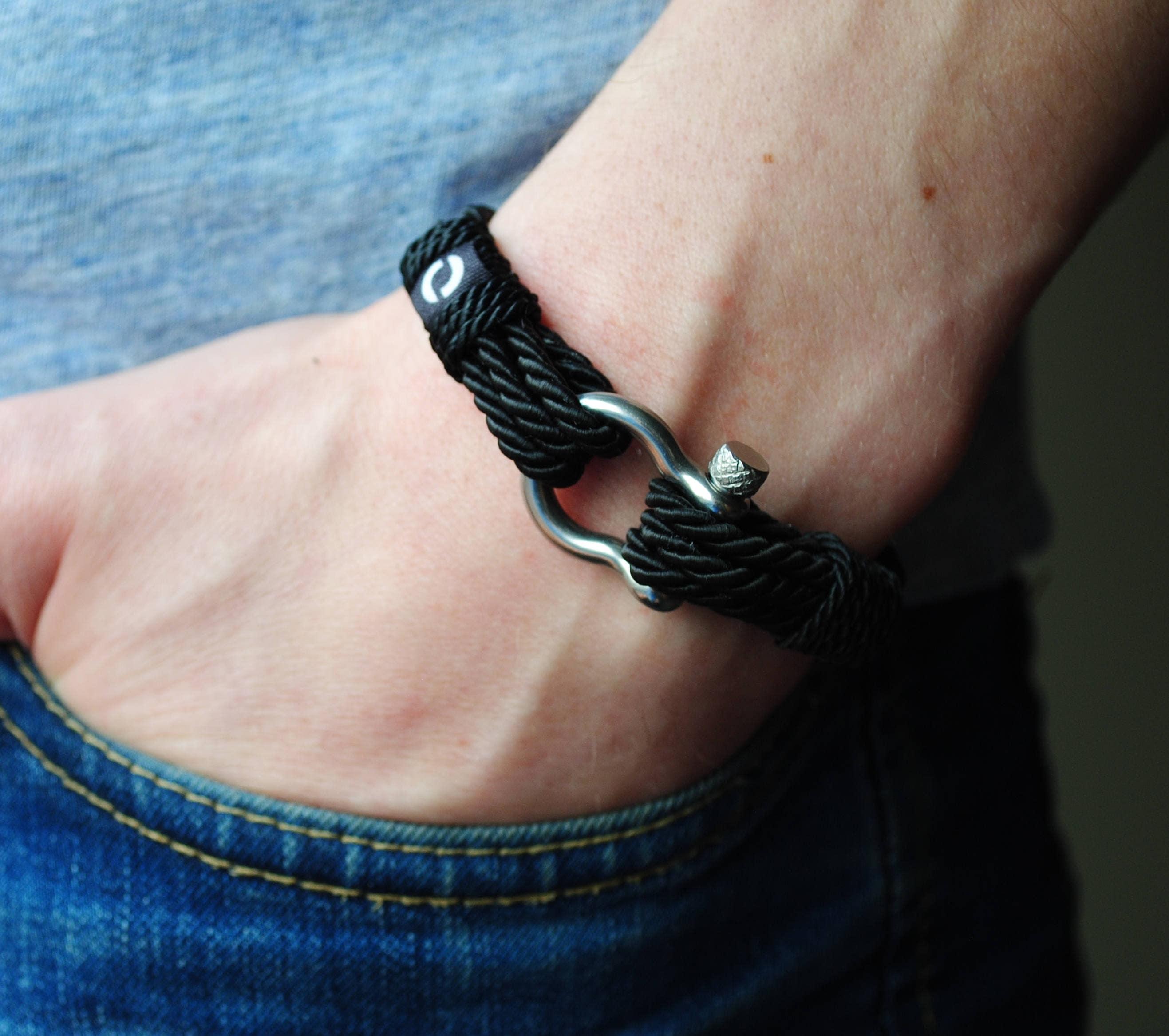 black cord bracelet black mens bracelet bracelet for men. Black Bedroom Furniture Sets. Home Design Ideas