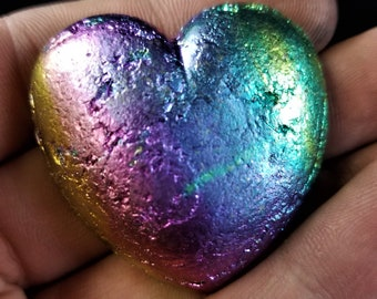 Bismuth Small Heart
