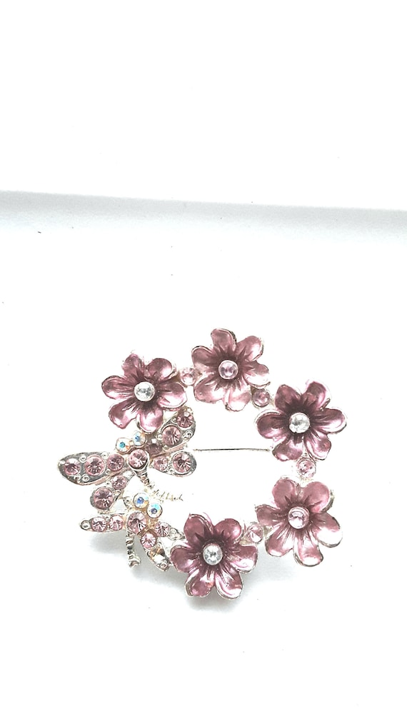 Vintage Dragonfly Pin Pink Flower And Dragonfly Pin Flower Pin Flower Pins Vintage Pink Flower And Dragonfly Pin Vintage Flower Brooch