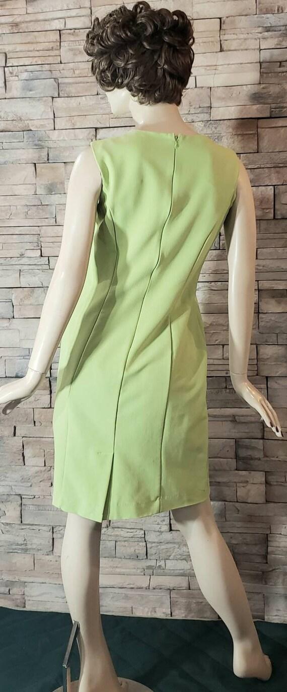 Classic Elegant  Green Dress - image 3