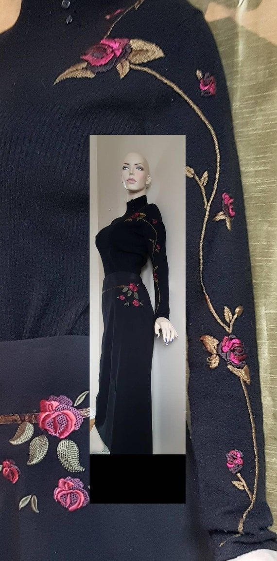 Maxi Embroidered knit suit dress /sweater & skirt
