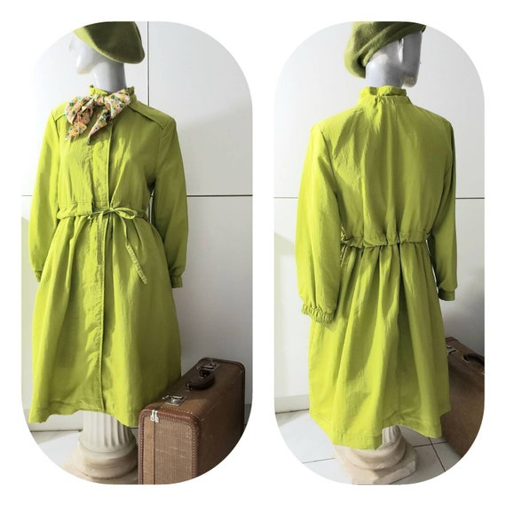Light Olive Green Vintage Trench Coat With Scarf